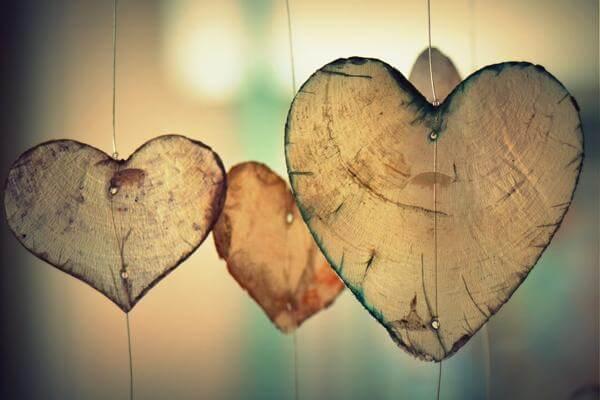 Приворот девушки по фото: читать сильный обряд на любовь по фотографии
