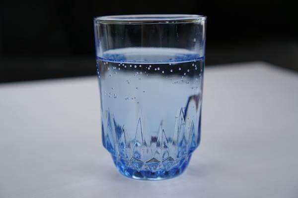 Простой приворот на воде