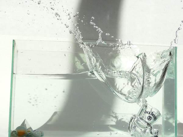 Заговор на любовь на воду