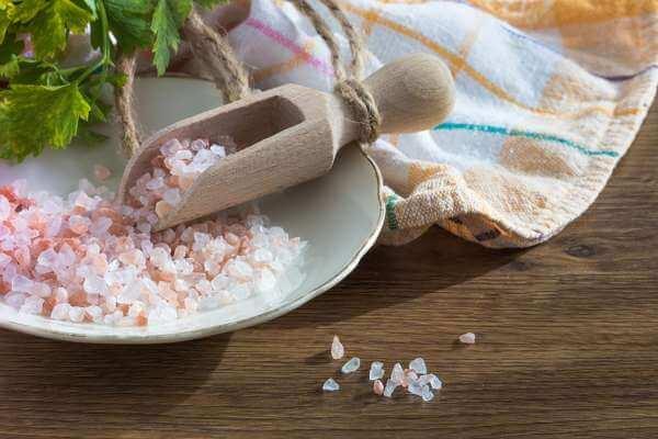 Крупная соль для защиты от порчи