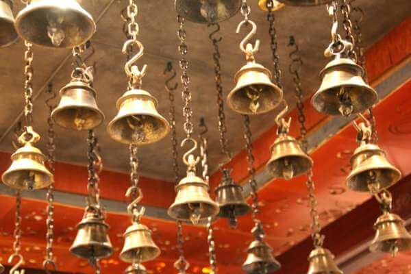колокольчик для обряда на деньги в домашних условиях