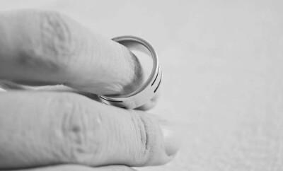 Порча на развод