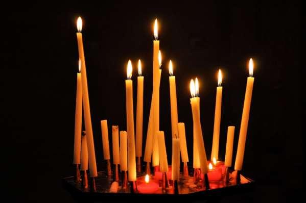 Как вернуть долг с помощью магии со свечами