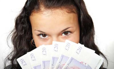 Заговоры и обряды на деньги в полнолуние