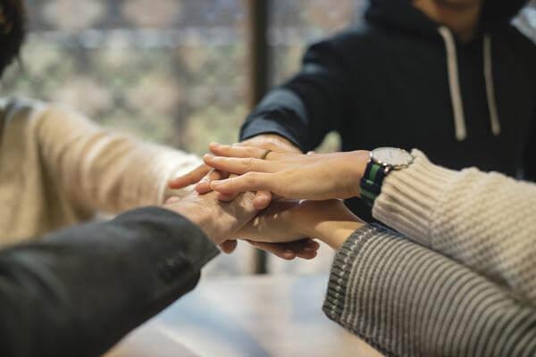 Бизнес магия, как привлечь клиентов, обезопасить сделку