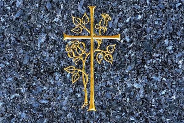 Порча на крестик: как определить, снять, навести, последствия