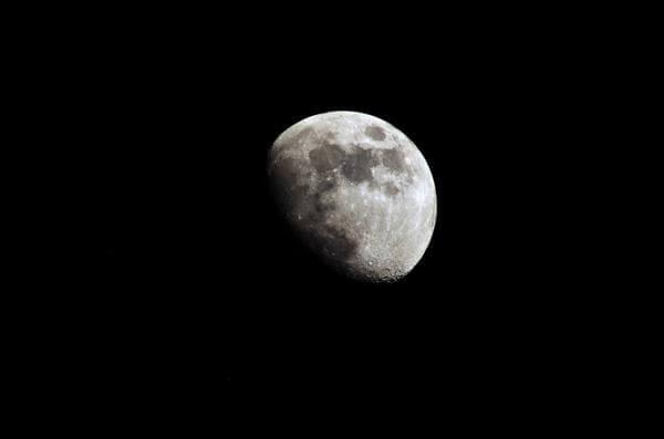 Отвороты на растущую луну: можно ли делать и подействует ли?