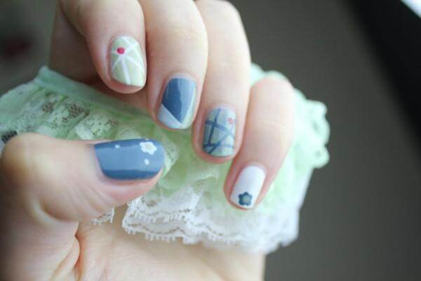 The plot on the nails ⇒ beautiful and healthy, on love, binding