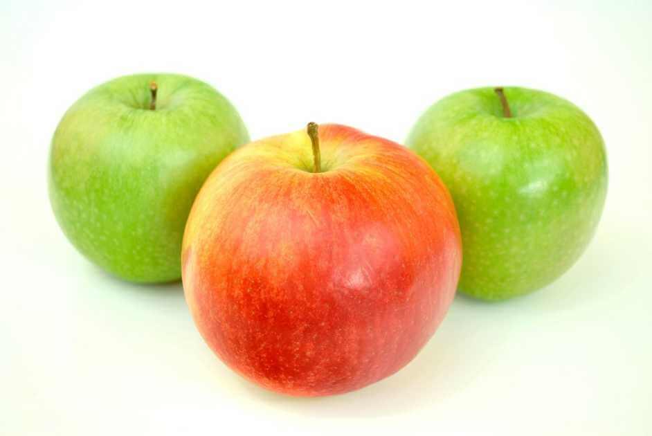 Отворот на яблоко от соперницы и рассорка: ритуалы на зеленый или спелый плод